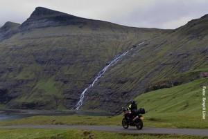 Island-mit-Motorrad